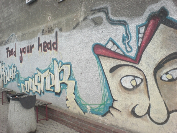 Feed Your Head graffiti image