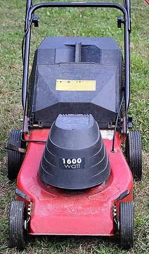 Electric_lawn_mower